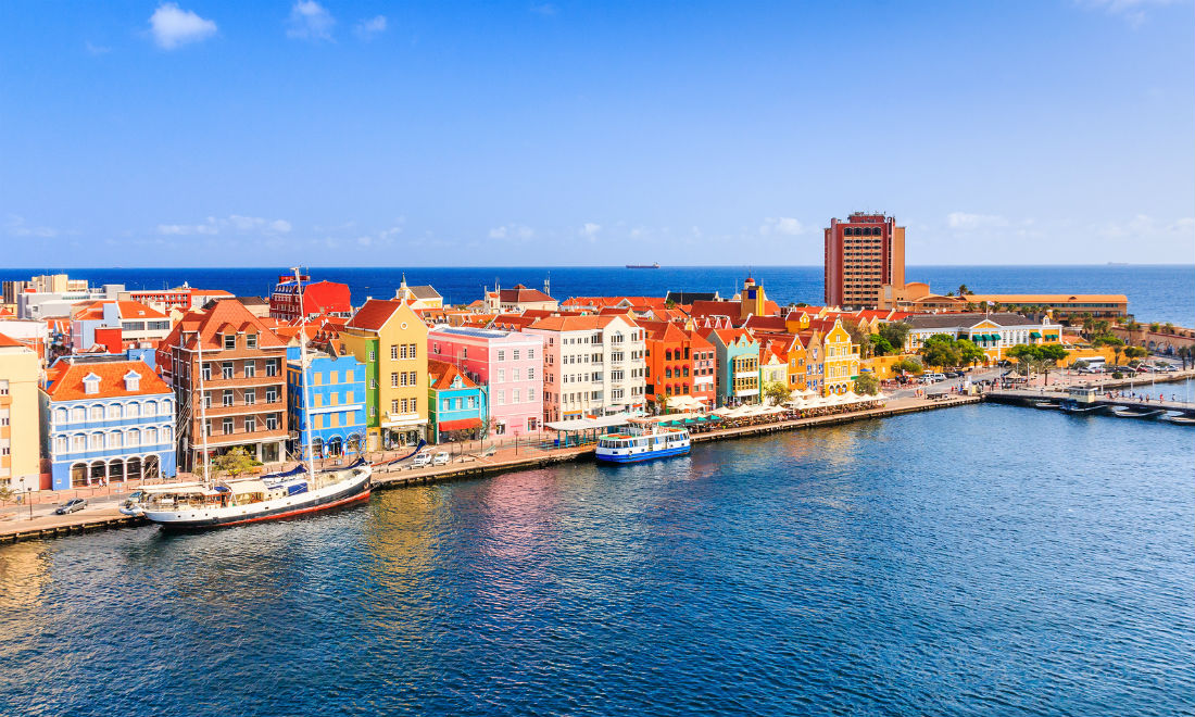 spend-your-holiday-allowance-curacao-willemstad.jpg