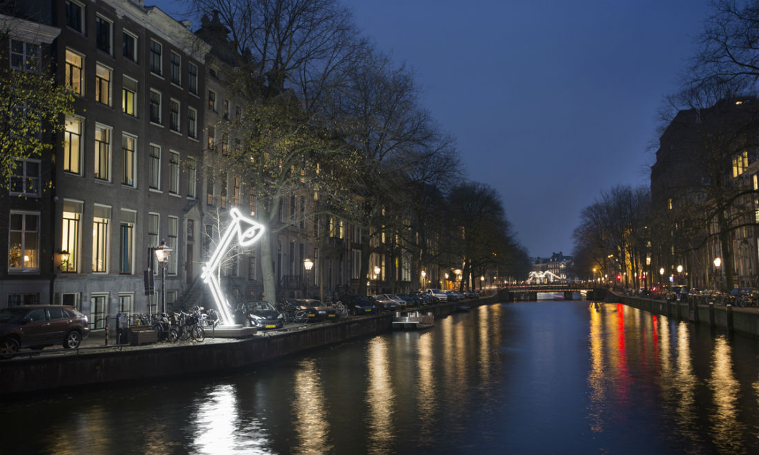amsterdam-light-festival-jeroen-henneman-two-lamps.jpg