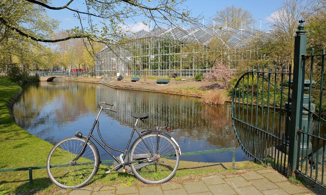 Dutch bicycle outside Hortus Botanicus Amsterdam