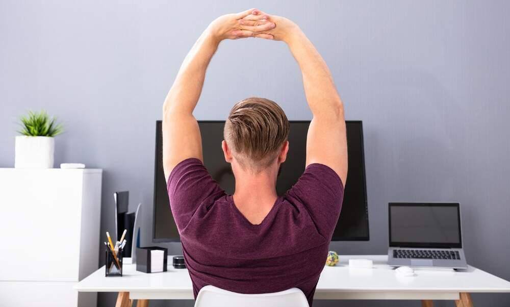 7 Amazing benefits of stretching regularly