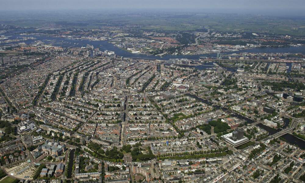 [Video] Amsterdam: Why it's so efficient as a city