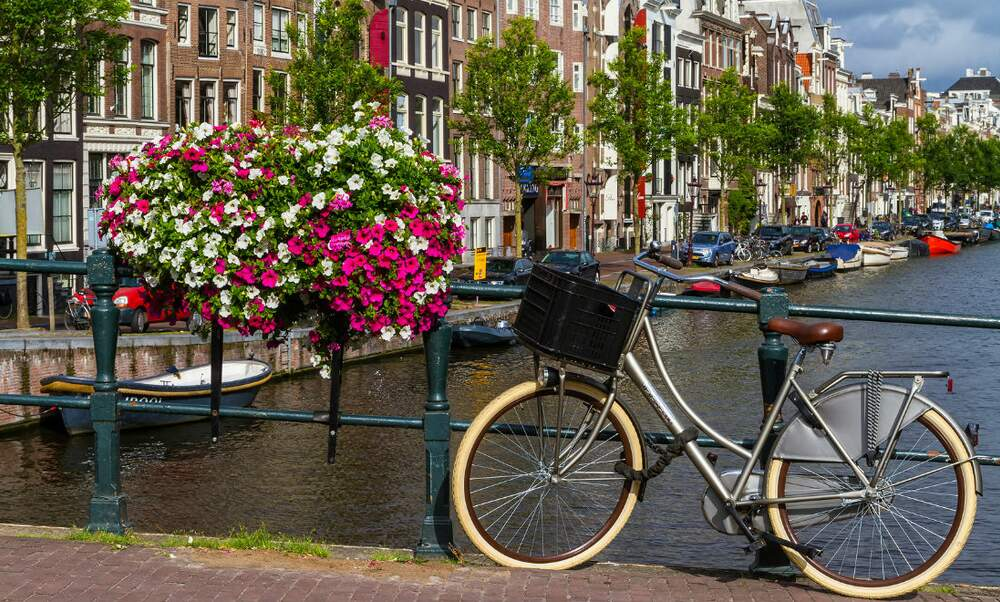 [Video] How Amsterdam became a bicycle paradise