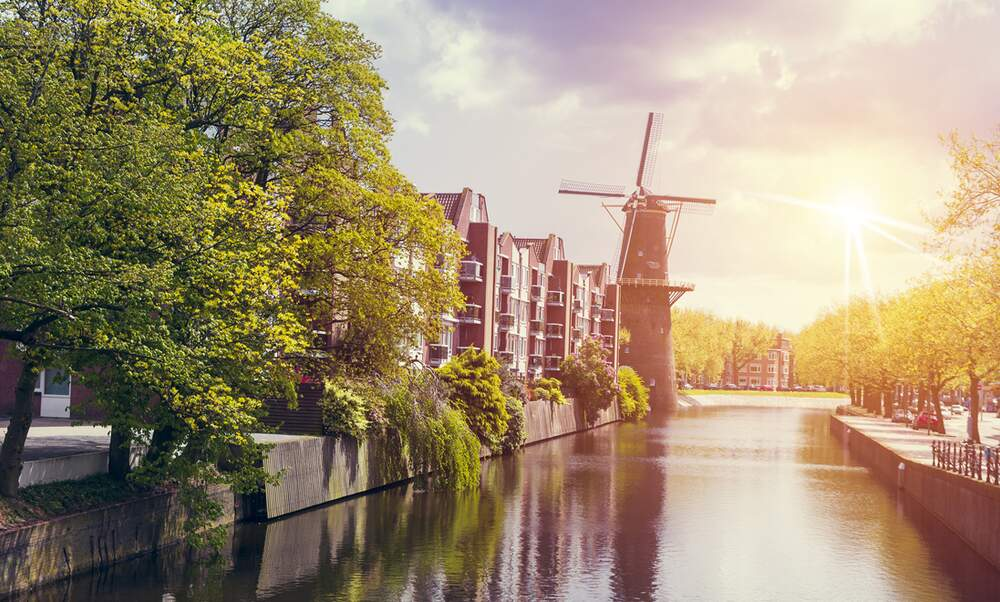 Dutch canals | Attractions & sightseeing in the Netherlands