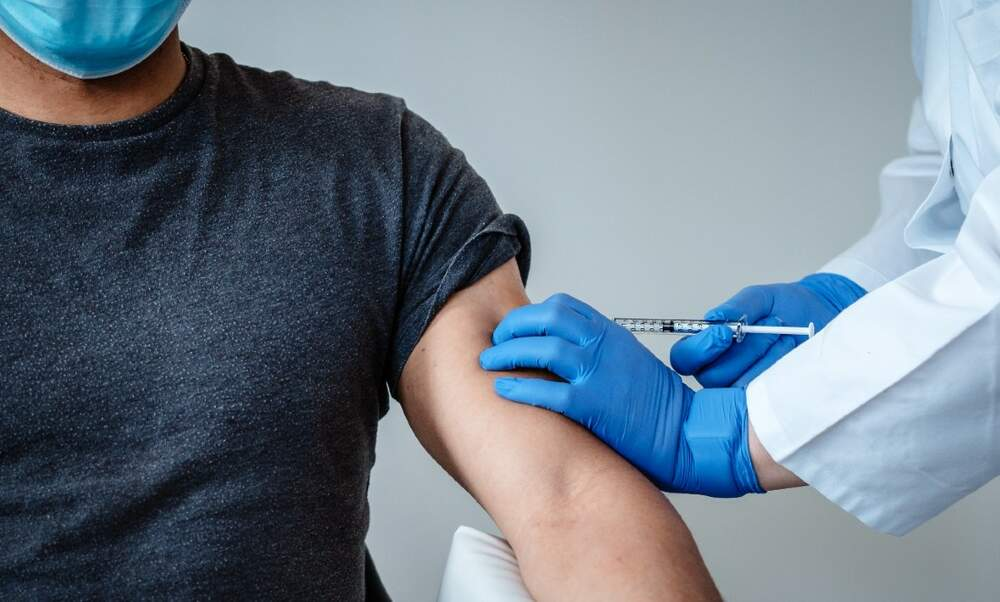 [Video] The first coronavirus vaccination in the Netherlands