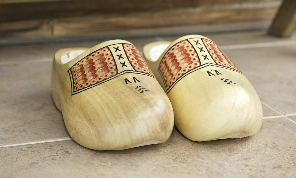 A brief history of clogs a.k.a. klompen