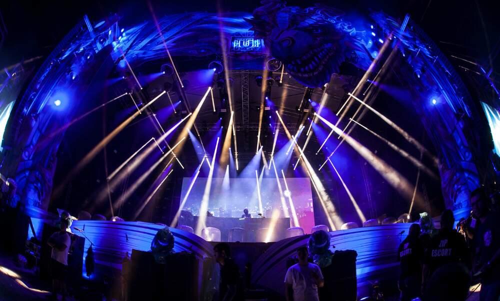 7 Dutch DJs make it into the world's top 10