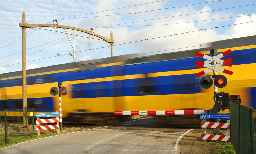 Dutch NS Intercity direct train supplement changing
