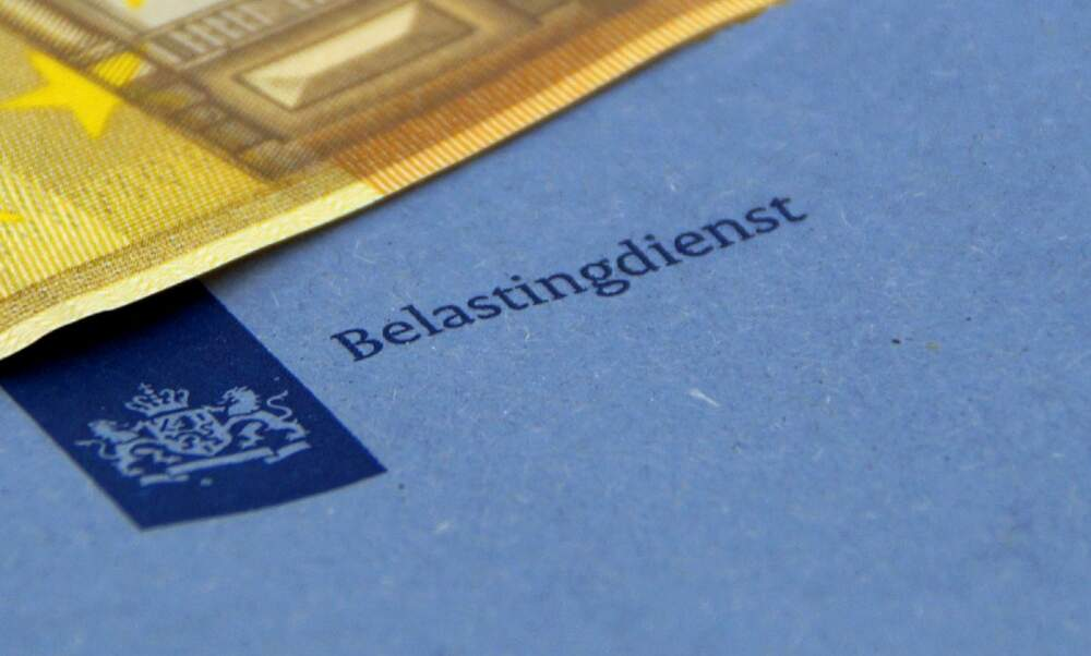 Dutch tax authority admits singling out people with dual nationality for stricter inspection
