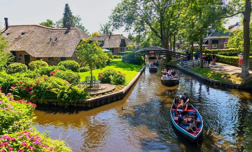 Giethoorn: Venice of the Netherlands