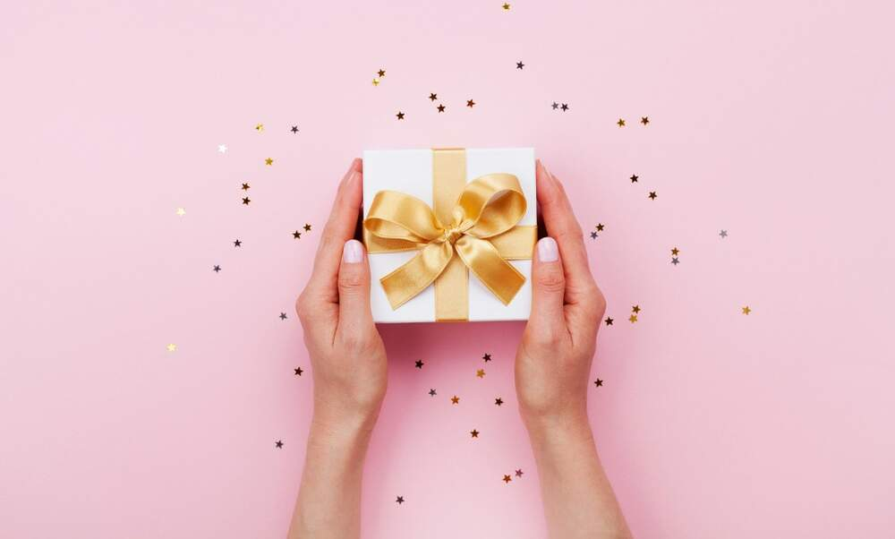 Gift-giving rituals in the Netherlands