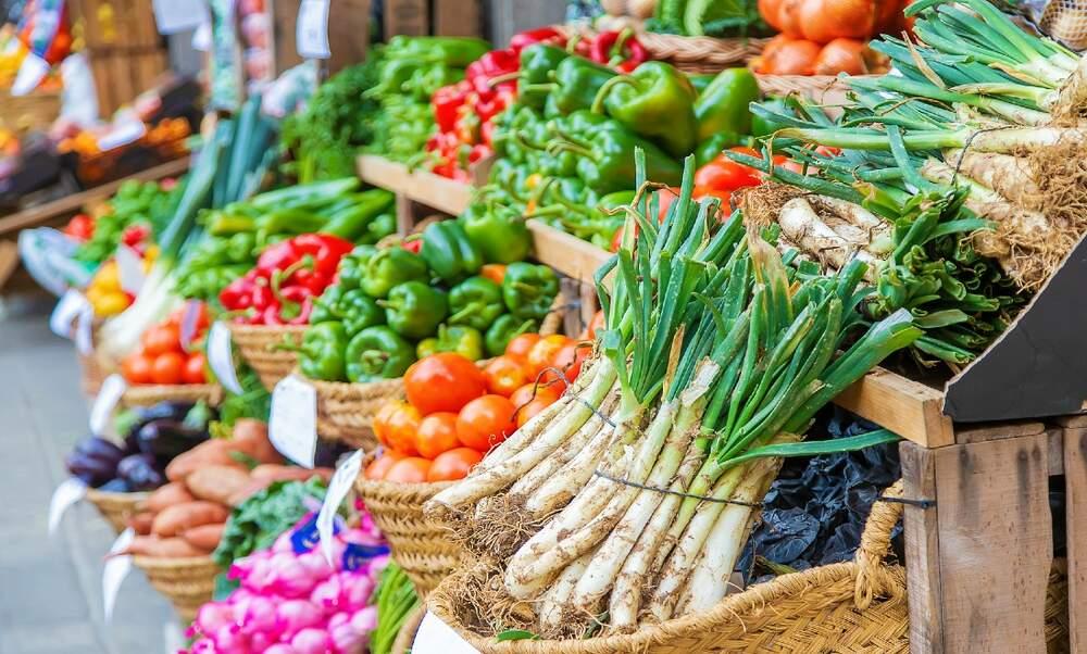 Dutch independent food shops see profits rise during coronavirus