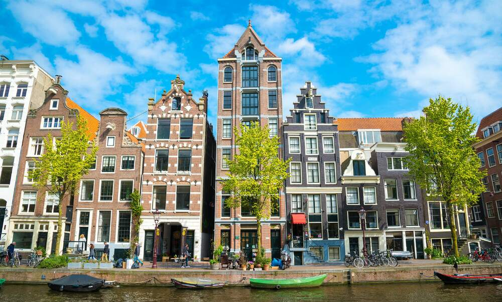 Majority of renters in the netherlands unhappy with their for Dutch real estate websites