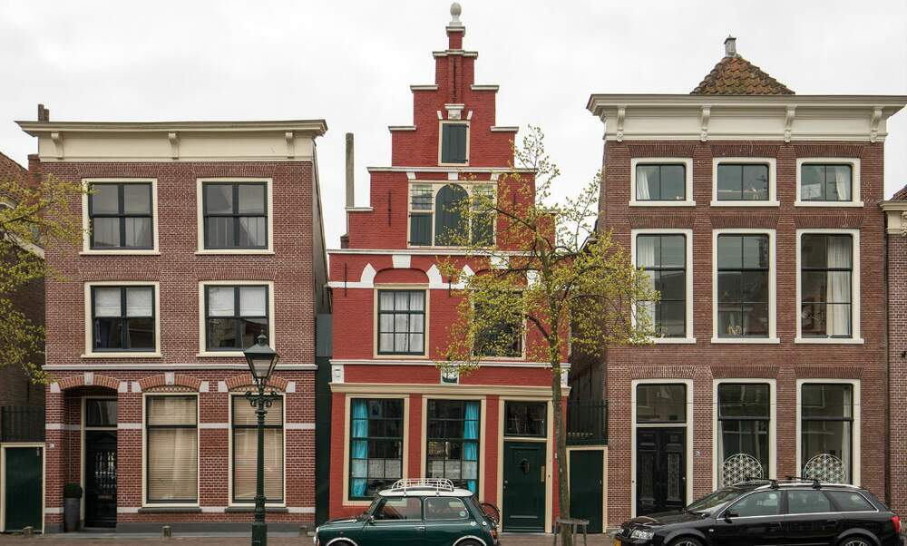 Number of dutch mortgages taken out decreases for the for Dutch real estate websites
