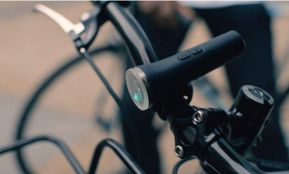Cycle more safely in the dark with the Laserlight Core projection bike light