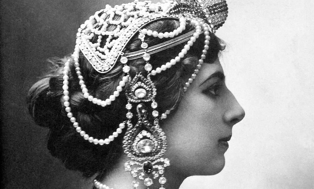 Mata Hari: Life in Paris