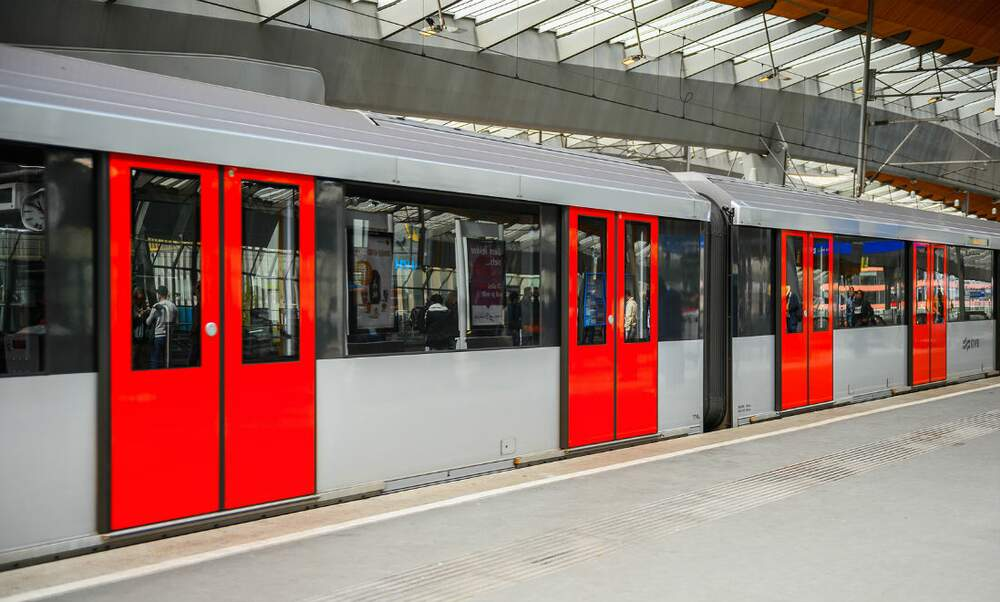 Amsterdam metro line to be extended to Schiphol airport