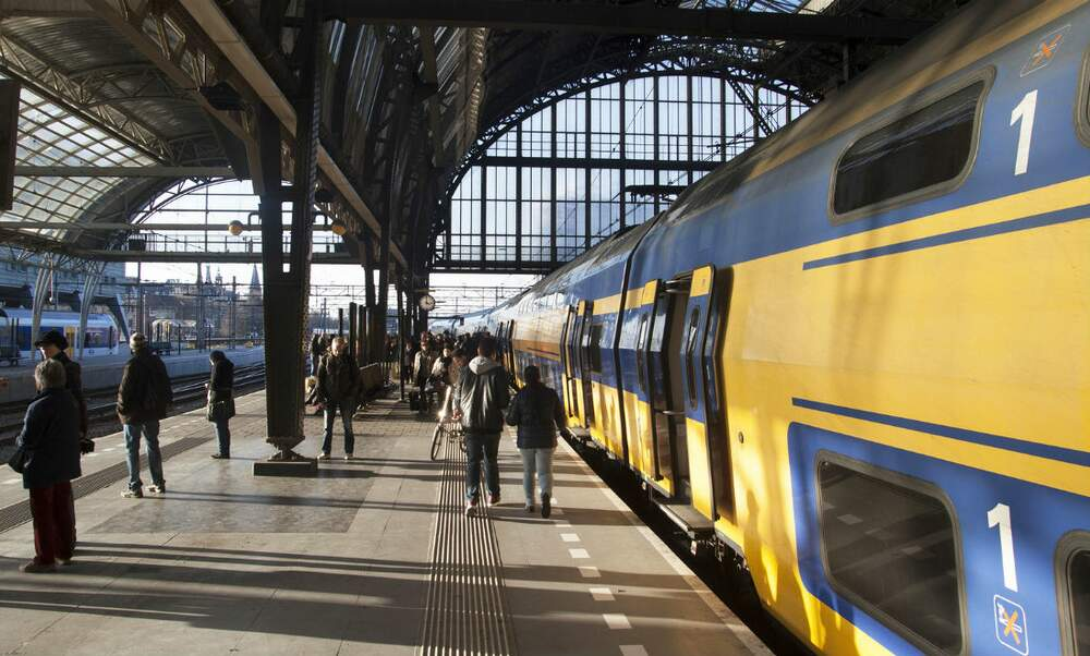 More than half of the employees in the Netherlands commute to work