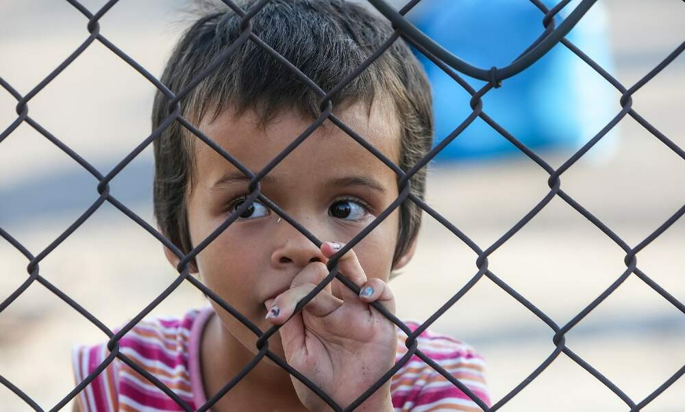 The Netherlands opens borders to 100 refugees affected by Moria fire