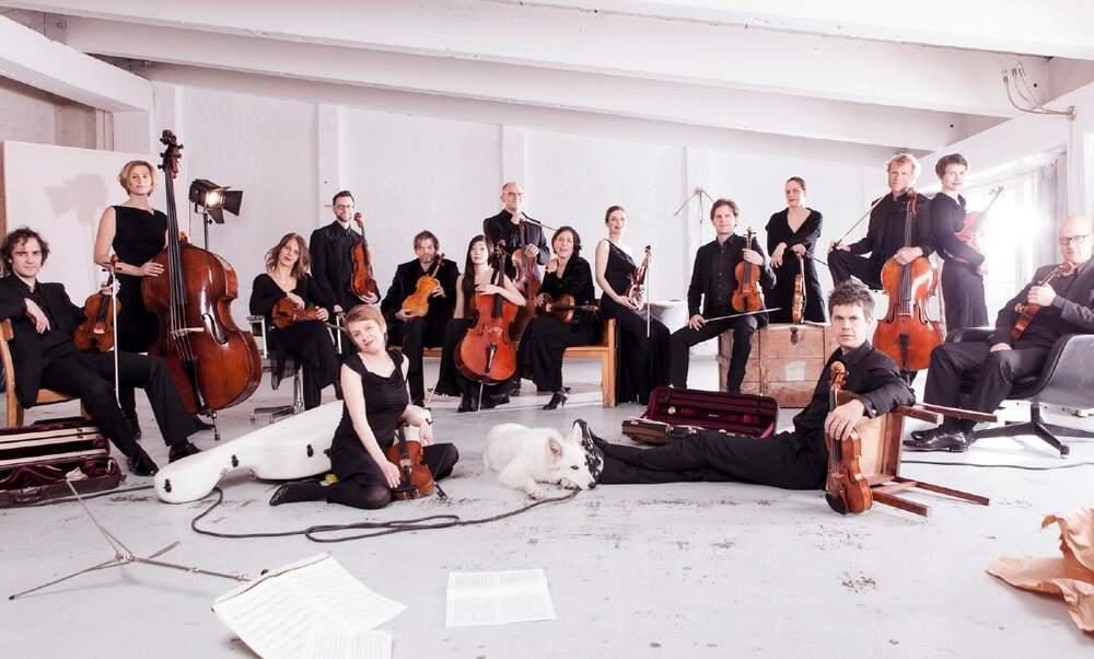 Bach's Christmas Oratorio at Muziekgebouw with Ensemble Resonanz