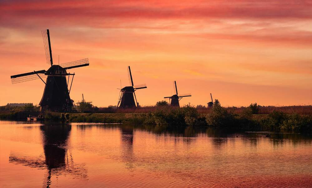 Sahara sand provides stunning sunsets in the Netherlands