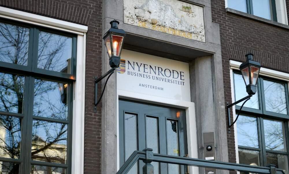 Meet Nyenrode online