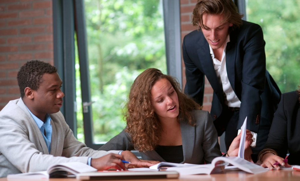 Nyenrode Business Game: Experience the MSc in Management