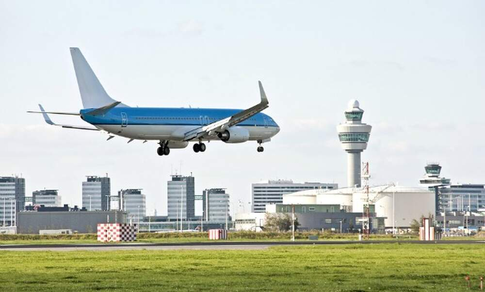 Schiphol airport sets new record for passenger numbers