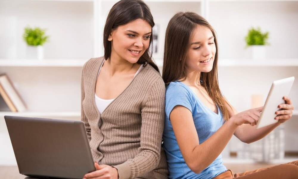 Dutch internet speeds up, lifestyles evolve