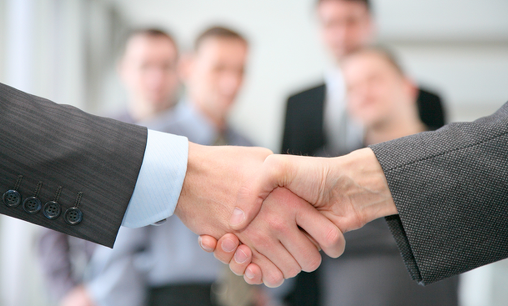 How to network your way to a job in 2015