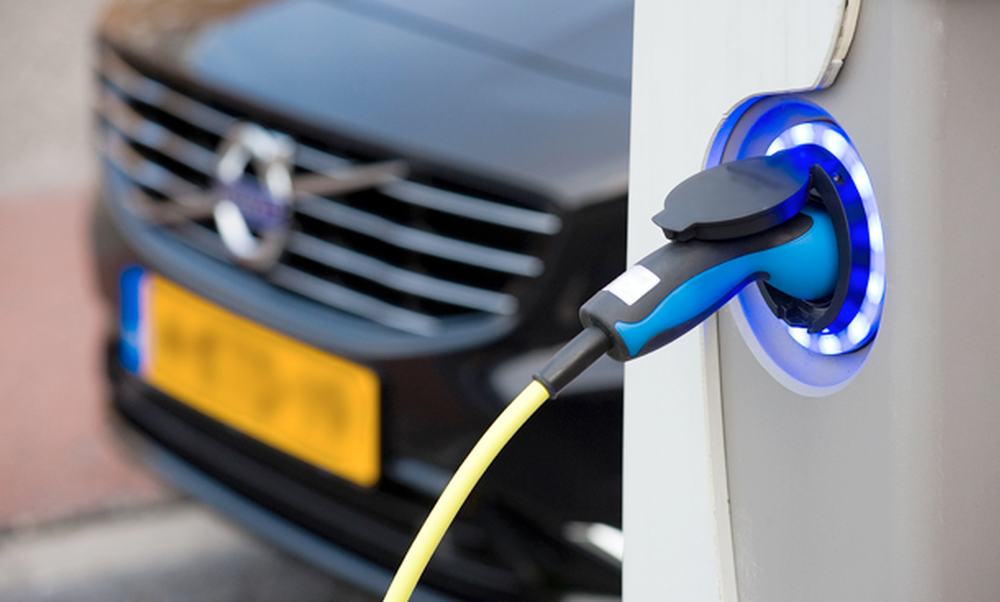 Advantages of buying/leasing an electric car in the Netherlands