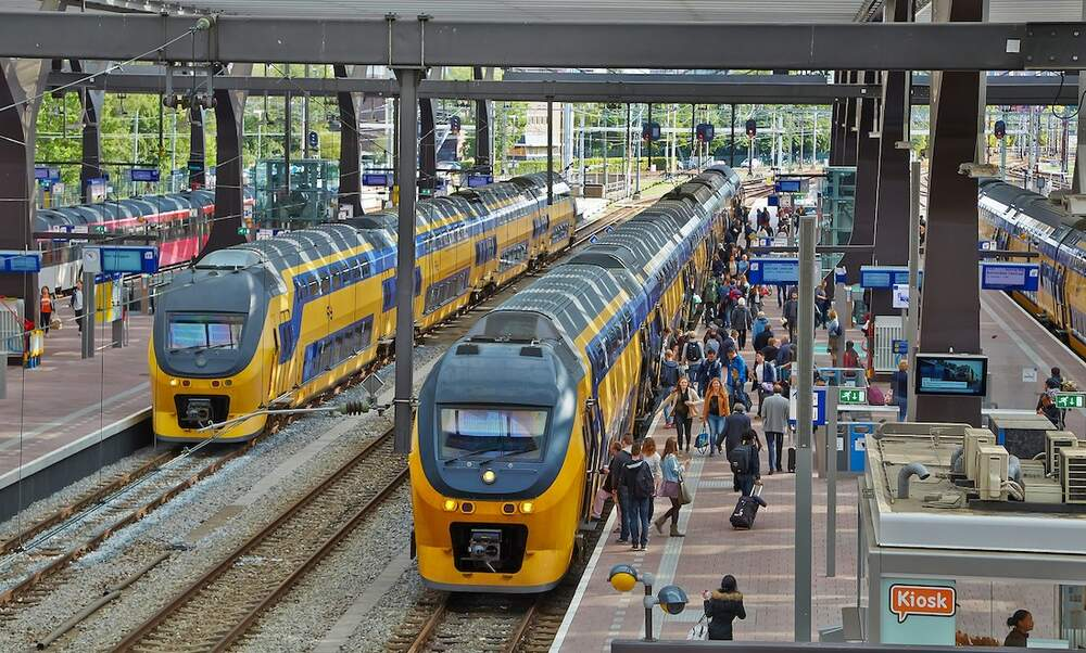 High-speed rail in the Netherlands: How does it compare?