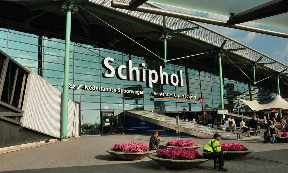 24 hours security strike at Schiphol airport