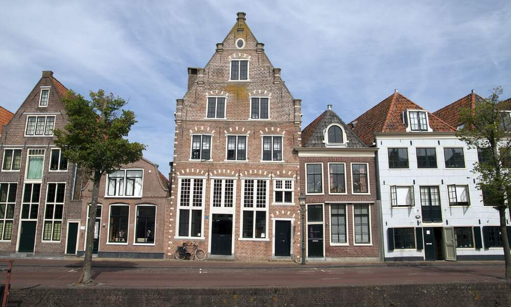 Sick of house hunting an insider s perspective might help for Dutch real estate websites