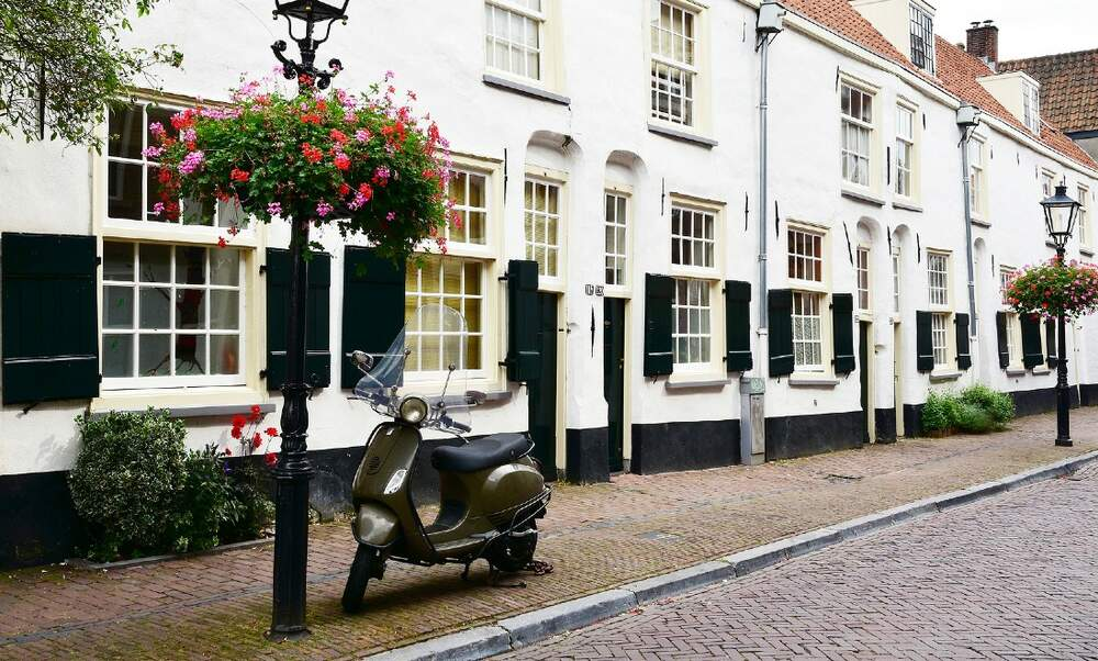 The housing market in the Netherlands: The benefits of an expat broker