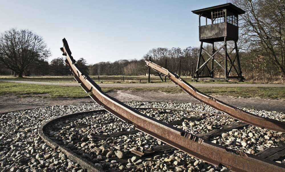 NS to pay compensation to holocaust survivors and relatives