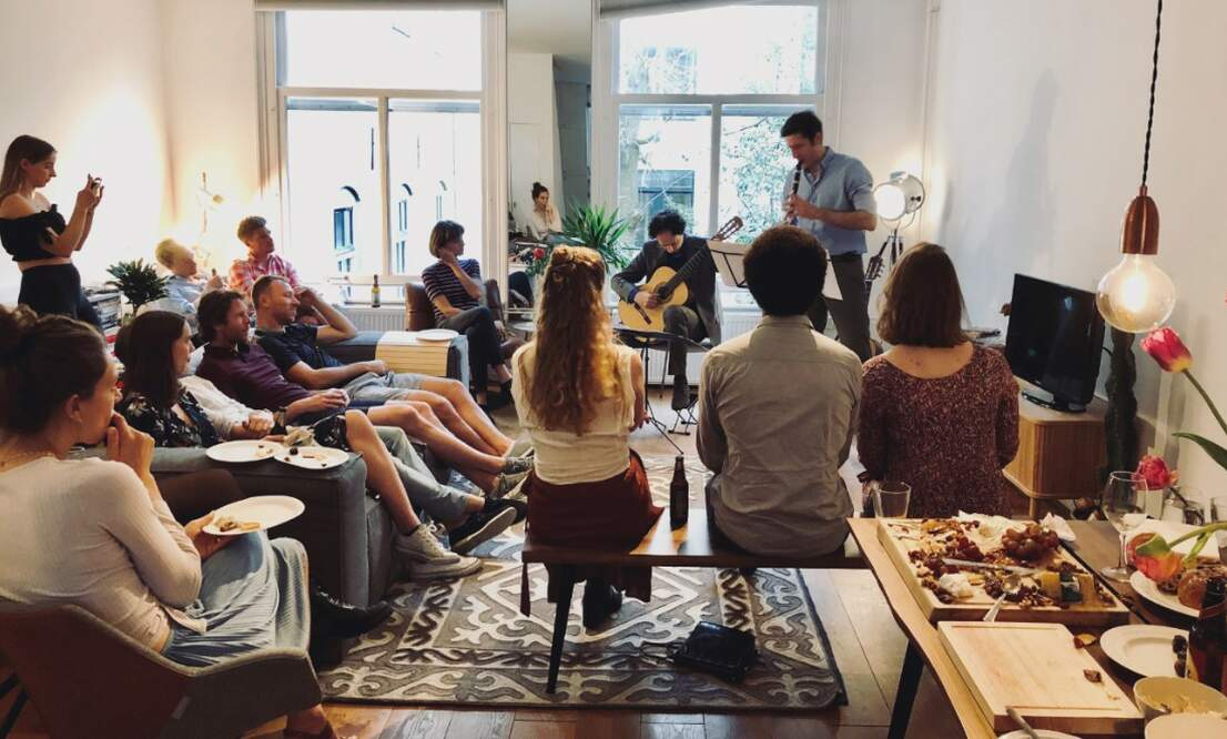 ArtRoom: experience private concerts in your own home