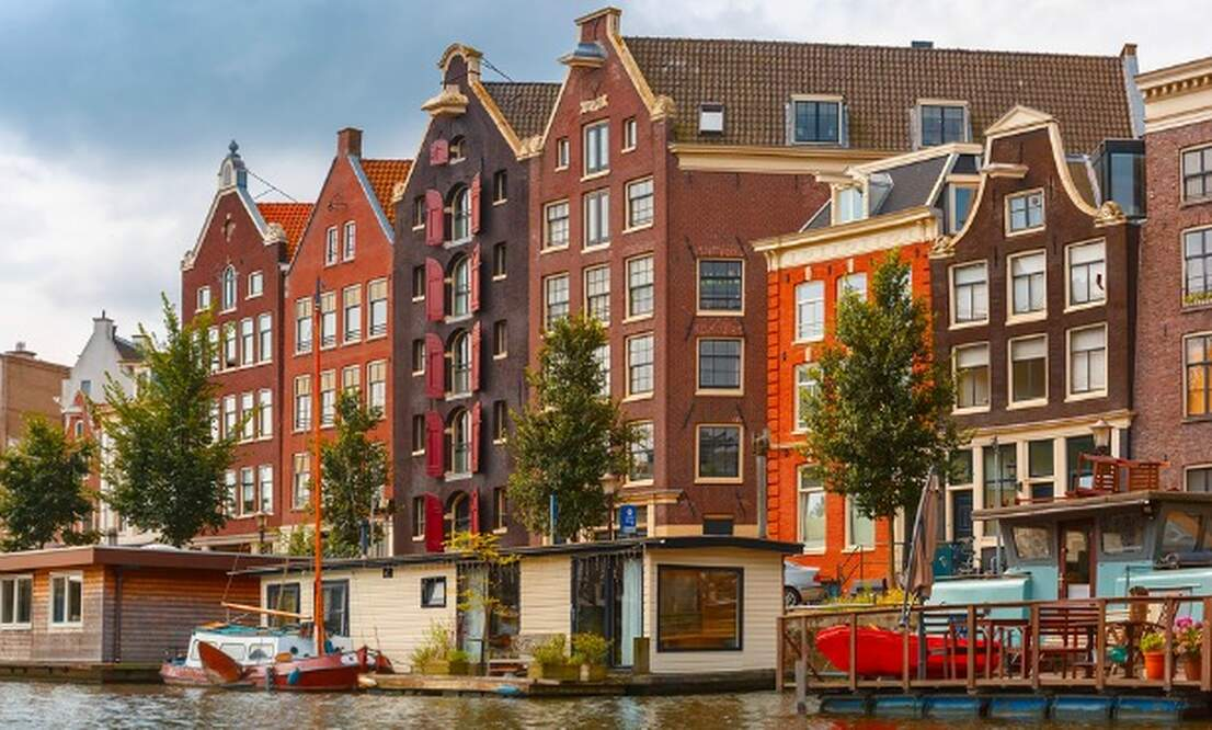 Amsterdam house prices again through the roof