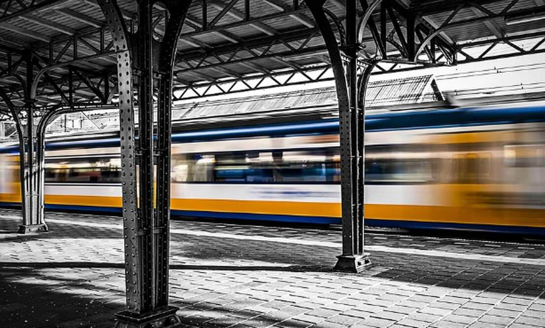 Government commits to better train travel in the Netherlands