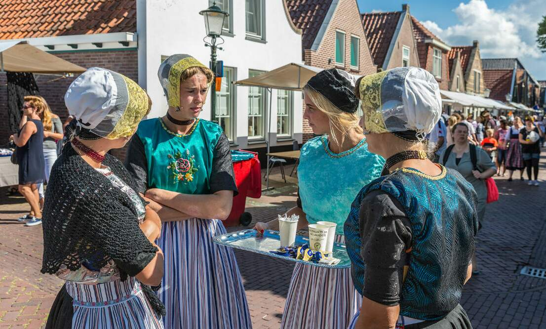 Traditional Dutch clothing