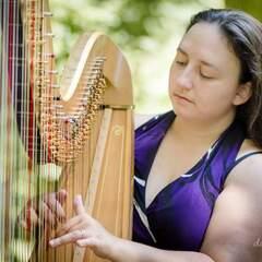 Victoria Davies Harpist