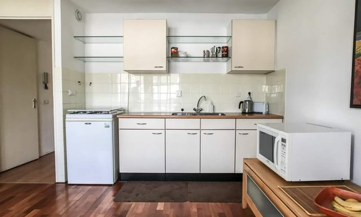 €1,075 / 1br - 50m2 - Furnished 1 Bedroom Apartment Available Now (Amsterdam Center) - Upload photos 5