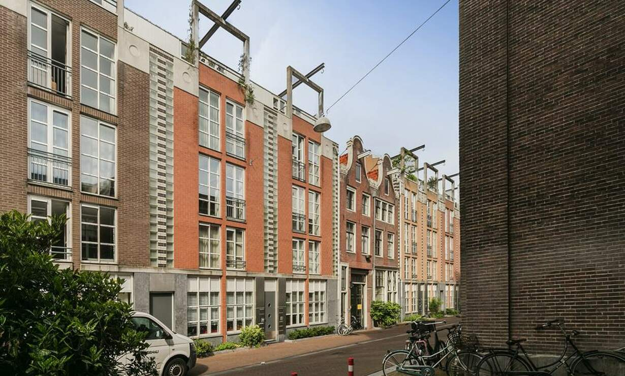€1,075 / 1br - 50m2 - Furnished 1 Bedroom Apartment Available Now (Amsterdam Center) - Upload photos 9