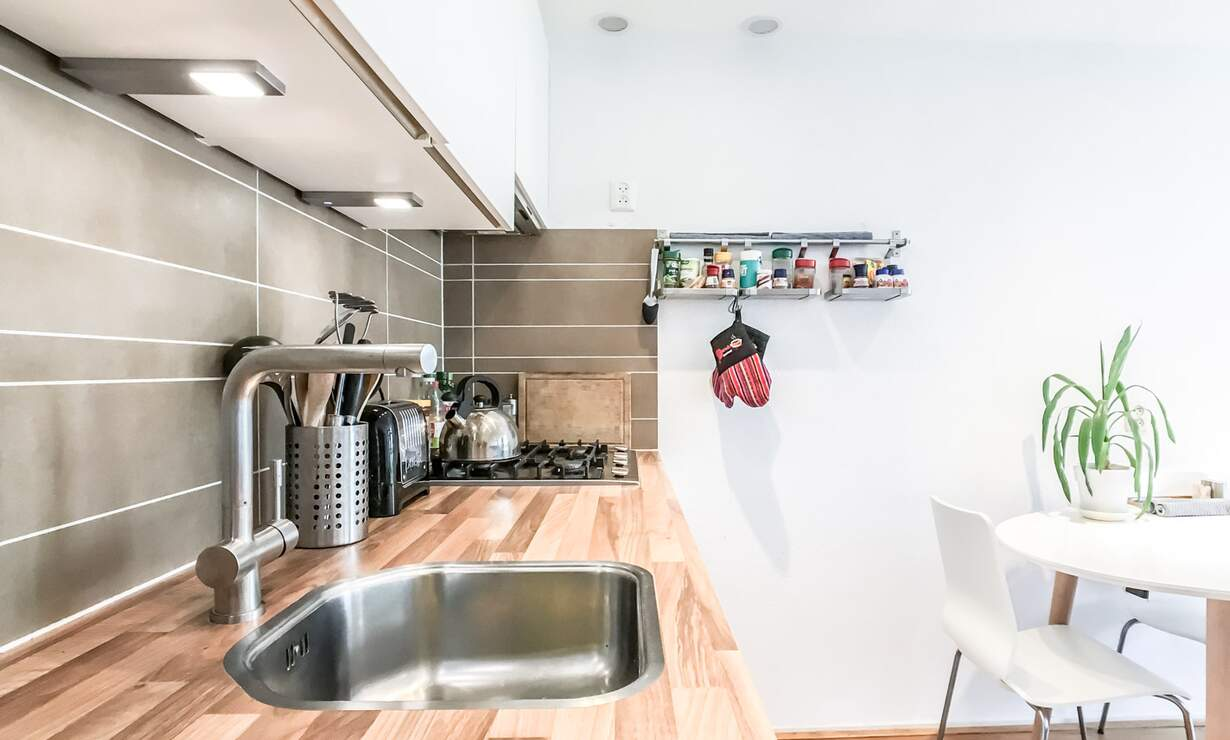 NEW: €1,475 / 1br - 55m2 - Furnished 1 Bedroom Apartment from 1 May (Amsterdam Jordaan) - Upload photos 5
