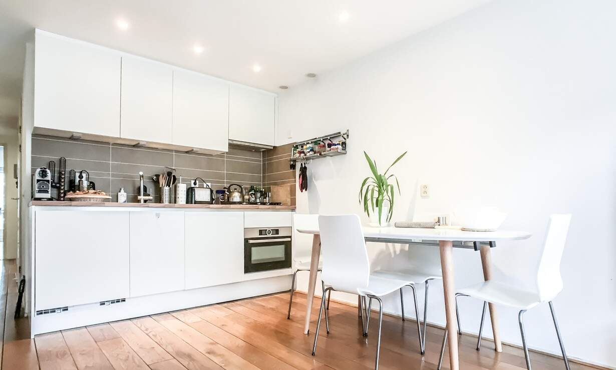 NEW: €1,475 / 1br - 55m2 - Furnished 1 Bedroom Apartment from 1 May (Amsterdam Jordaan) - Upload photos 4