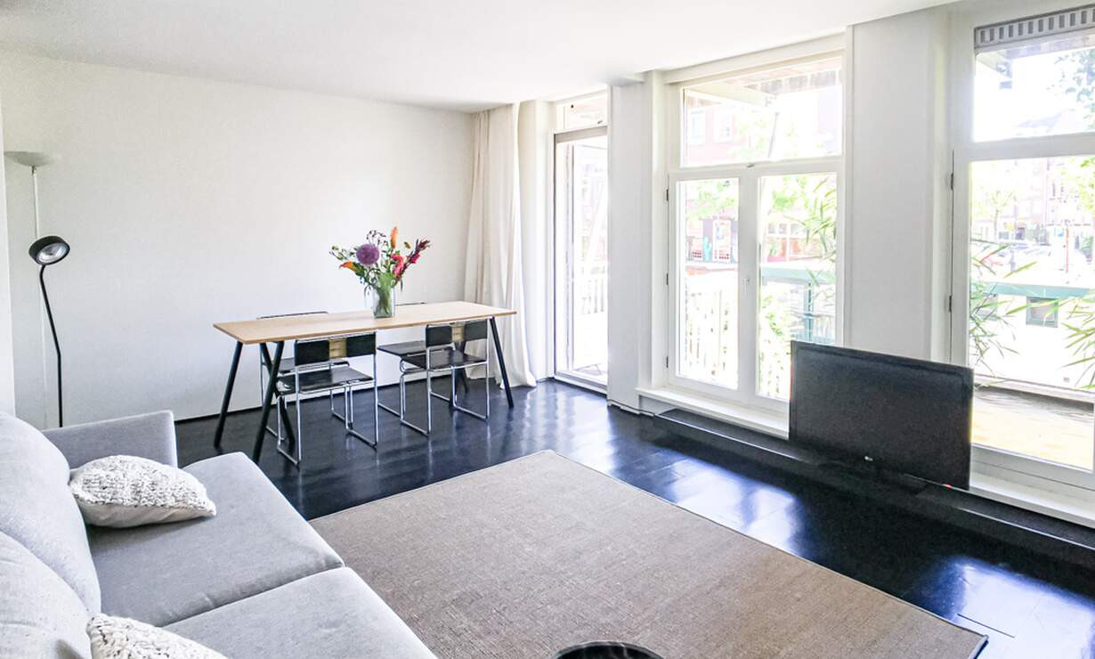 €1675 / 1br - 60m2 - Furnished 1 Bedroom Apartment with Patio and Canal View (Amsterdam Jordaan) - Upload photos 5