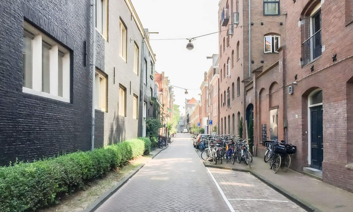 €1,250 / 1br - 30m2 - Furnished Studio Apartment Available Now to 1 Person (Amsterdam Jordaan) - Upload photos 13
