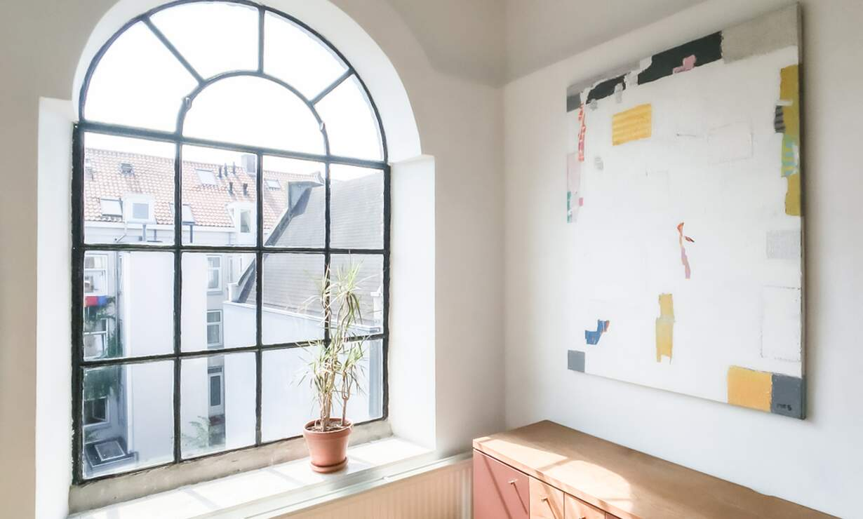 €1,250 / 1br - 30m2 - Furnished Studio Apartment Available Now to 1 Person (Amsterdam Jordaan) - Upload photos 2