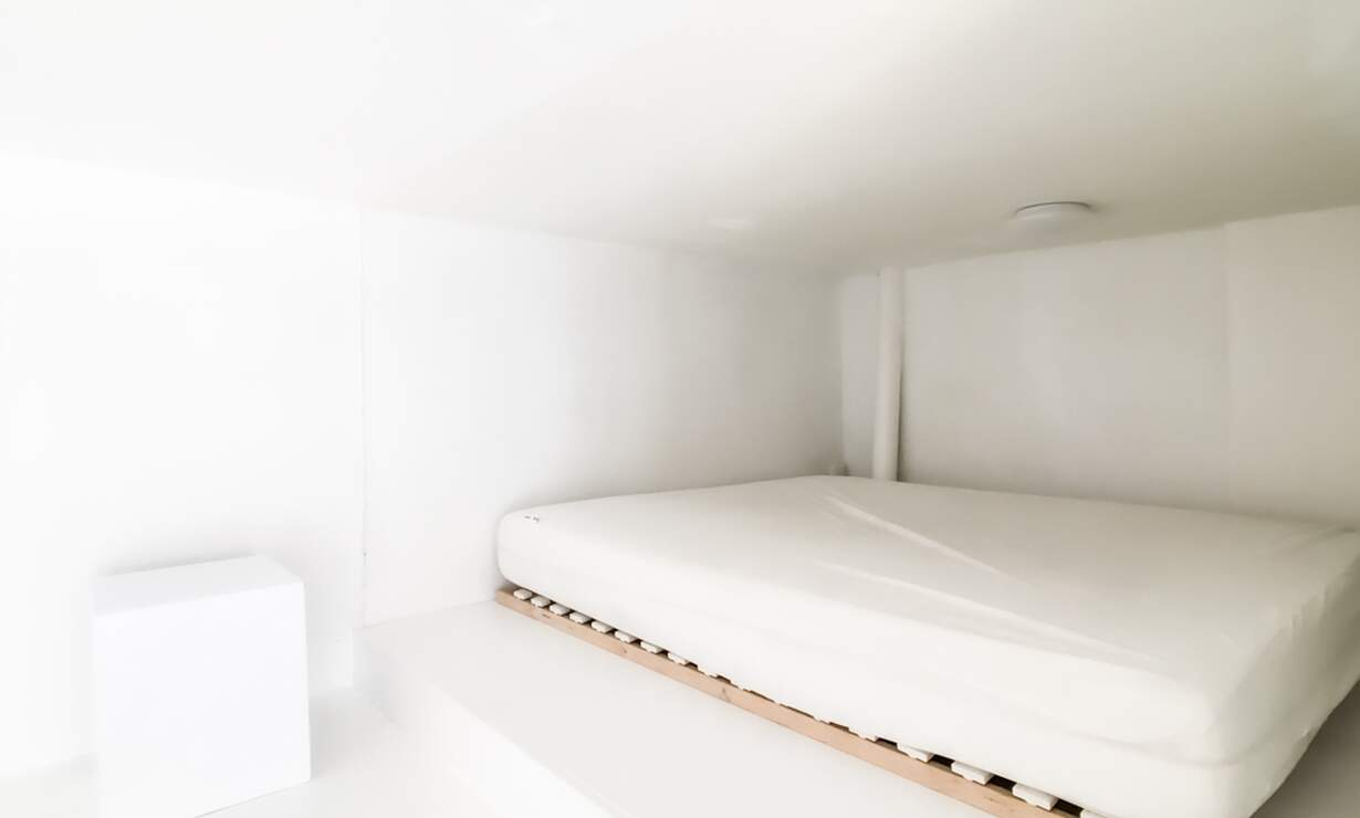 €1,250 / 1br - 30m2 - Furnished Studio Apartment Available Now to 1 Person (Amsterdam Jordaan) - Upload photos 8