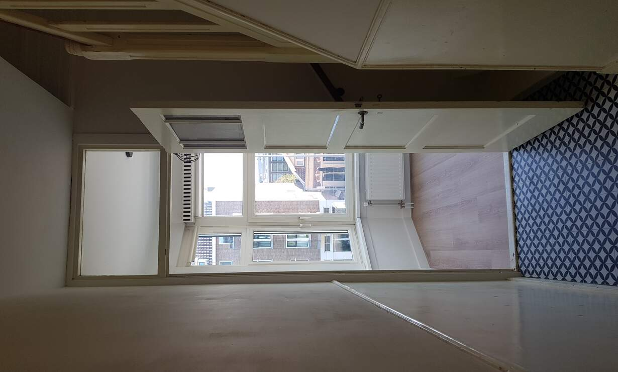 """Fully renovated and furnished apartment of 110m2 located in """"Liskwartier"""" - Upload photos 11"""