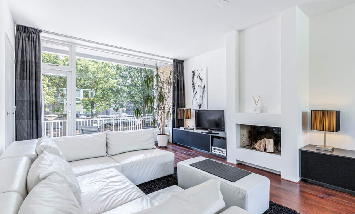 €1,950 / 2br - 100m2 - Furnished 2 Bedroom Apartment Available Now (Amsterdam South) - Upload photos